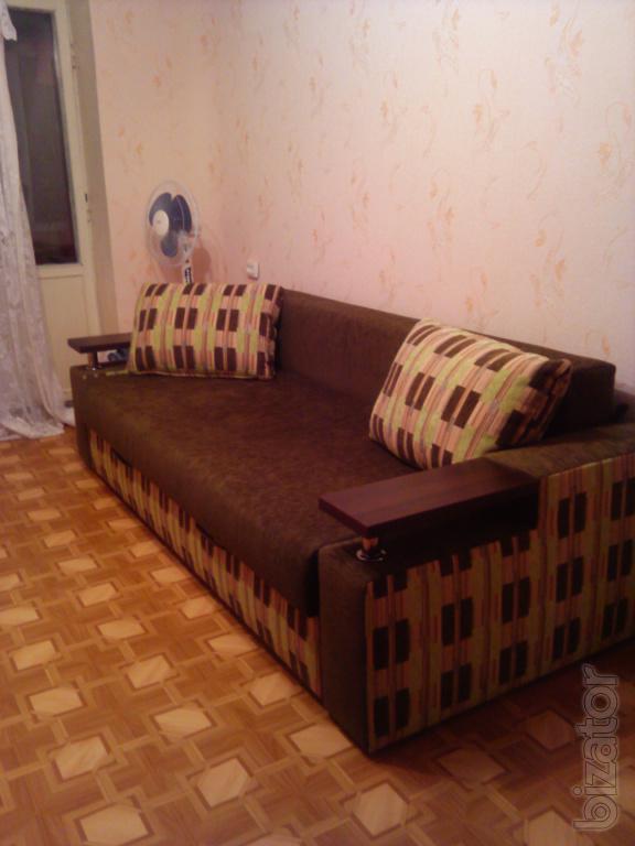 Продам 1-комн. квартиру (улучшенка) на Роганском ж/м