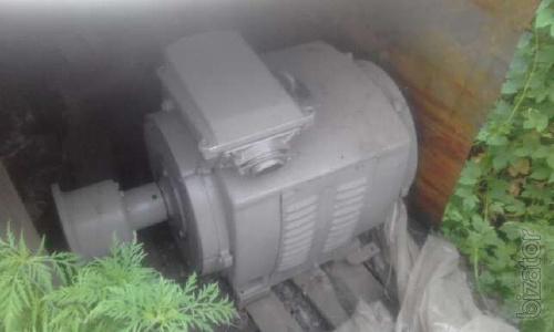 Электродвигатель 4амн 132 квт 3000 об лапа б.у не мотанный