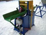 Продаем окорочные станки для тонкомера БОС-160