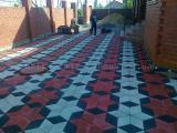 Тротуарная плитка (вибропрессованная) от производителя.