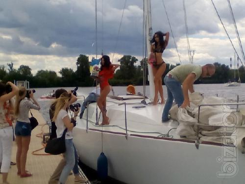 Аренда парусных и моторных яхт с капитаном.