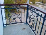 Изготовление перил, лестниц, решеток, балконных ограждений, ворот, навесов в Севастополе и Крыму