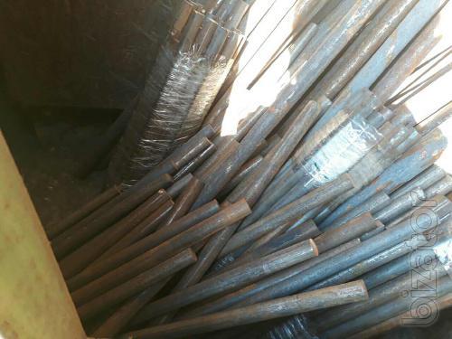 Продам Дешево сталь Р6М5 круг 18-35 мм