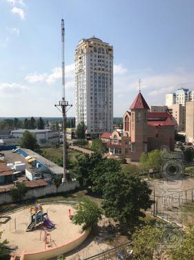 Без комісії продам 1кімнатну 38м, Північна 2б, метро Героїв Дніпра, Оболонь, хороший стан