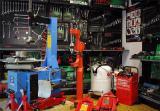 Куплю  б/у оборудование и  инструмент для СТО