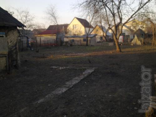 Продам участок под индивидуальное строительство.