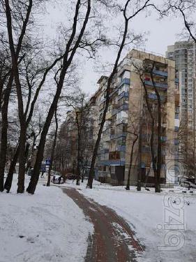 """Продаётся однокомнатная возле метро """" Берестейская"""""""
