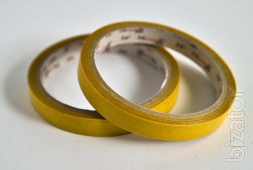Скотч двухсторонний желтый 10 м/12 мм