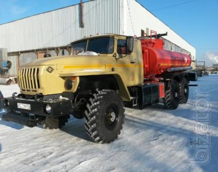 Автотопливозаправщик Урал АТЗ-10 на усиленном длиннобазовом шасси
