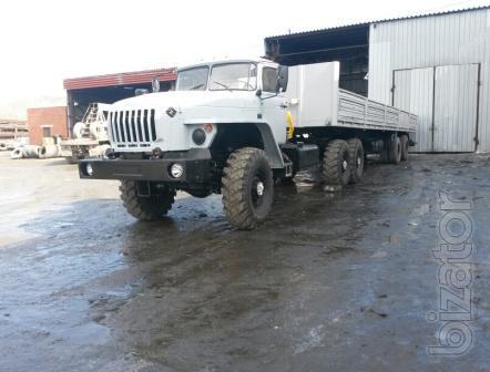 А/м Урал 44202 седельный тягач новый