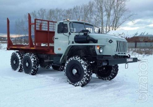 Лесовоз Урал 43204 с новой площадкой на стандартном шасси