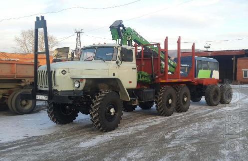 Лесовоз Урал 43204 с манипулятором Атлант и роспуском