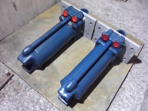 Продам гидроцилиндры ЦС-125х250. Есть фланцы для установки на пресса