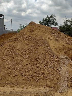 Мусор. Выгребные ямы. Песок.