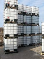 Pallets,pallets,containers,barrels