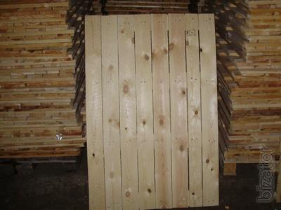 Pallets,trays,lids
