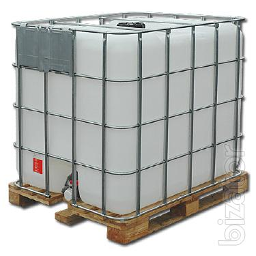 The cubic capacity of 1000 l for chemicals