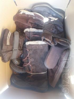 Классная обувь первого и экстра сорта. Сезон: осень-зима. На вес. Не дорого. По 5 €/кг.