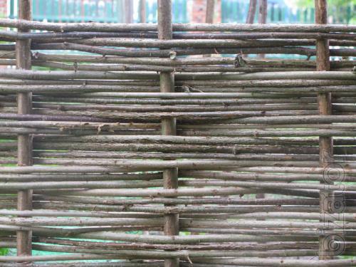 Tyn. Wicker fence