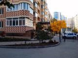 Большая 2-комнатная 71 м.кв. в красивом доме в Одессе
