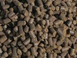 Органическое удобрение на основе куриного помета (гранулы)