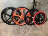 Колесо велосипедное с бескамерной покрышкой 26х1,5