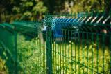 Ограждения секционные, столбы, калитки, ворота. Сетка Рабица оцинкованная и ВПХ