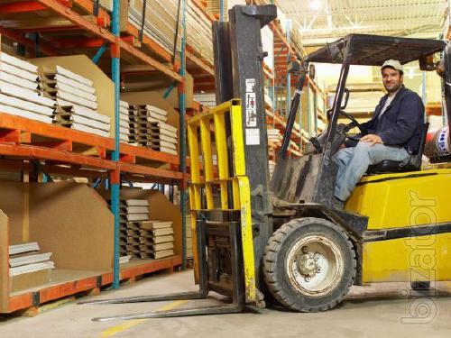 Работник склада, водитель погрузчика