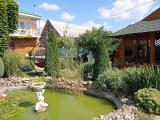 Красивое отлаженное домовладение с бассейном