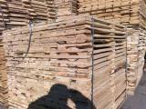 The workpiece pallet