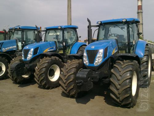 Sell tractor New Holland T7060. The power of 213 HP
