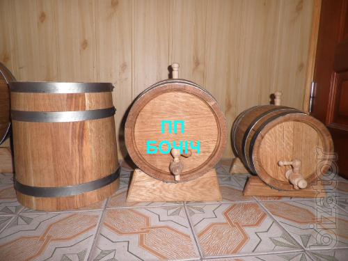 Oak barrels, wine barrels for pickling
