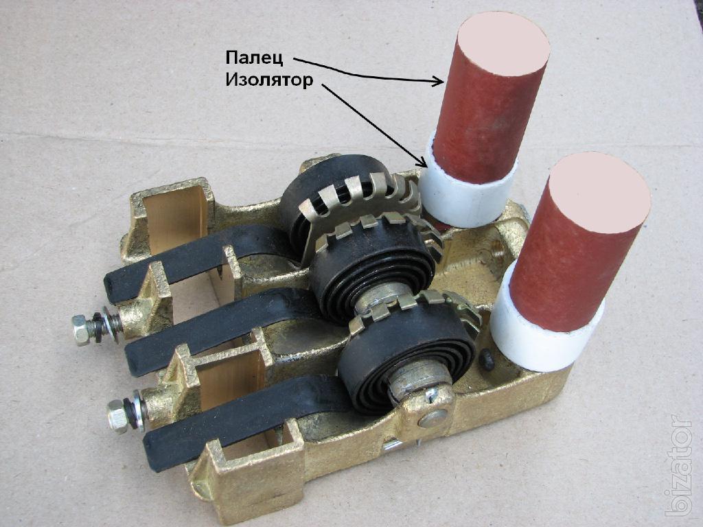 5 тд 122054 щеткодержатель к генераторам гс-250, дгф 82-4б