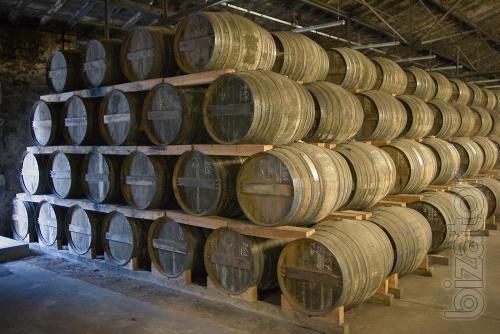 Oak barrels are back in fashion.!@