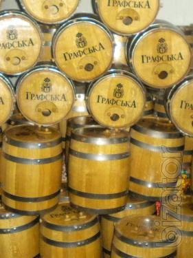 Oak barrels for wine. Gift of the barrel.