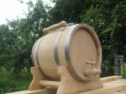 Oak barrels, wine barrels for pickling cucumbers, tomatoes, cabbage.
