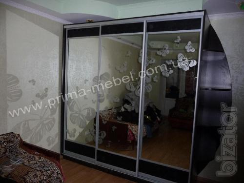 Book wardrobes in Kiev at a reasonable price is not a