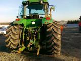 Tractor John Deere 8400, 1996 century.