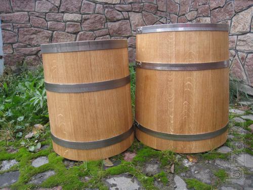 A barrel of pickles. Oak barrels for pickled, pickles, etc. Production.