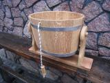 Bucket-waterfall bath round and oval.
