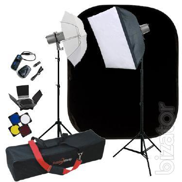 studio lighting. sets up studio lights pioneer. sets up