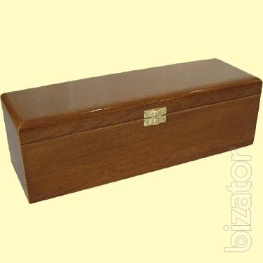 Packaging made of solid wood. Possible VIP order!