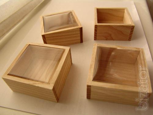 Wooden gift box. With delivery across Ukraine.