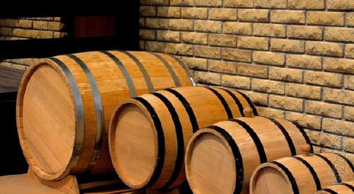 We produce oak barrels. Delivery to the warehouse.