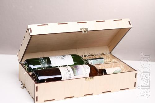 Case of two bottles - material - plywood
