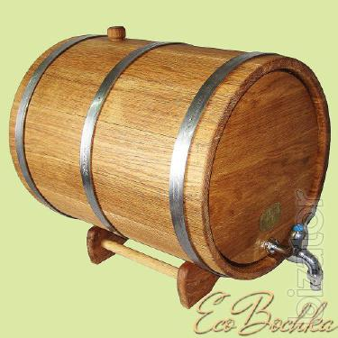 Wooden jugs 3-30L stand