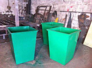 Trash cans, garbage cans