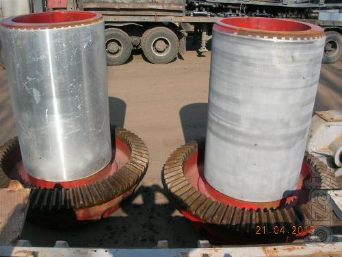 Sell crusher SAC 1200/150, MD 111, MD 117, MD 118, CFC 1750 new with storage