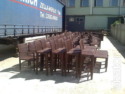 The production of furniture made of artificial rattan to order