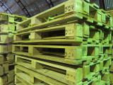 We buy pallets at high prices